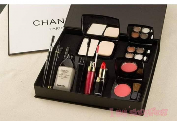 9 in 1 Chanel Set